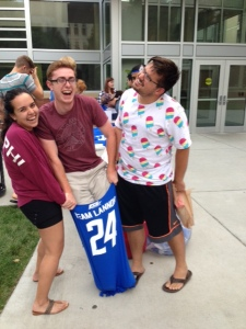 Cortina leader, Savannah Rodriguez, and friends, Stefan Peterson and Alex Sipe, check out the strength of the t-shirt bag: It holds 500 lbs!